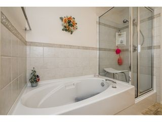 "Photo 11: 294 13888 70 Avenue in Surrey: East Newton Townhouse  in ""CHELSEA GARDENS"" : MLS®# R2392489"