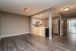 """Photo 3: 403 121 TENTH Street in New Westminster: Uptown NW Condo for sale in """"VISTA ROYALE"""" : MLS®# R2128368"""