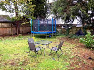 Photo 3: 614 FOURTH Avenue in New Westminster: Uptown NW House for sale : MLS®# R2556448