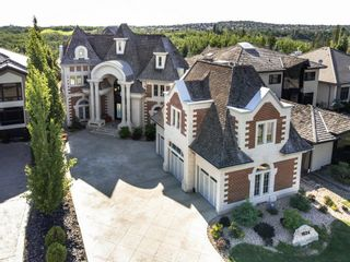 Photo 1: 1024 119 Street in Edmonton: Zone 16 House for sale : MLS®# E4251287