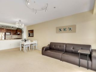 """Photo 6: 317 3082 DAYANEE SPRINGS Boulevard in Coquitlam: Westwood Plateau Condo for sale in """"The Lanterns"""" : MLS®# R2616558"""