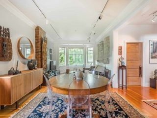 Photo 2: 2556 W 2ND Avenue in Vancouver: Kitsilano House for sale (Vancouver West)  : MLS®# R2593228