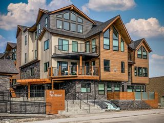 Photo 1: 104 810 7th Street: Canmore Apartment for sale : MLS®# A1117740