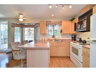 """Photo 4: 233 14861 98TH Avenue in Surrey: Guildford Townhouse for sale in """"THE MANSIONS"""" (North Surrey)  : MLS®# F1429353"""