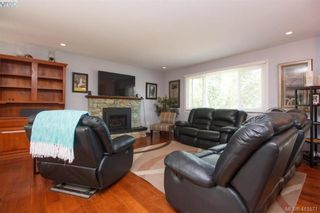 Photo 2: 3261 Wishart Rd in VICTORIA: Co Wishart South House for sale (Colwood)  : MLS®# 820117