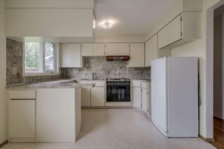 Photo 5: 340 HUNTERBROOK Place NW in Calgary: Huntington Hills Detached for sale : MLS®# C4300148