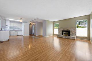 Photo 2: 368 Douglas St in : CV Comox (Town of) House for sale (Comox Valley)  : MLS®# 876193