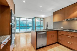 Photo 2: 308 3008 GLEN DRIVE in Coquitlam: North Coquitlam Condo for sale : MLS®# R2532784