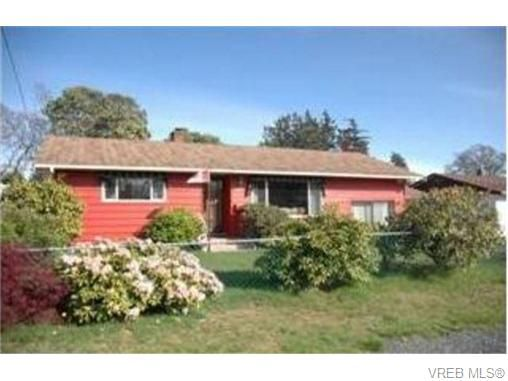 Main Photo: 2829 Knotty Pine Rd in VICTORIA: La Langford Proper House for sale (Langford)  : MLS®# 743542