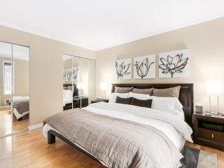 Photo 10: 208 1345 COMOX Street in Vancouver: West End VW Condo for sale (Vancouver West)  : MLS®# R2156986