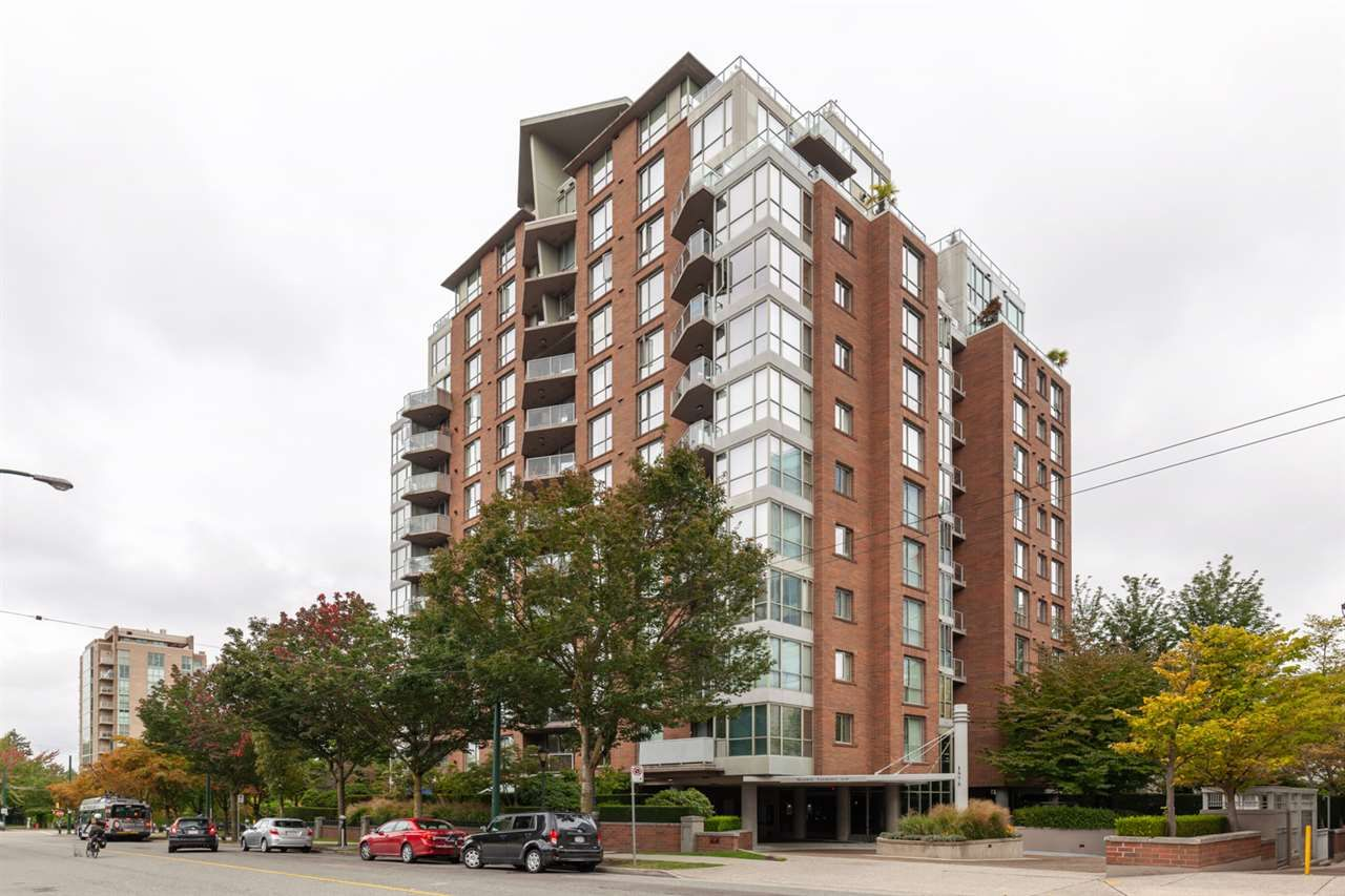 "Main Photo: 401 1575 W 10TH Avenue in Vancouver: Fairview VW Condo for sale in ""The Triton"" (Vancouver West)  : MLS®# R2404375"