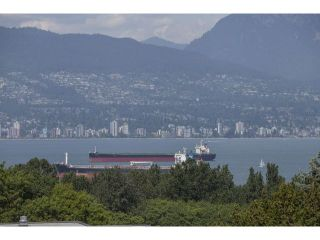 "Photo 5: 4216 W 8TH Avenue in Vancouver: Point Grey House for sale in ""POINT GREY"" (Vancouver West)  : MLS®# V1125944"