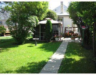 Photo 7: 222 QUEEN Street in WINNIPEG: St James Residential for sale (West Winnipeg)  : MLS®# 2815199