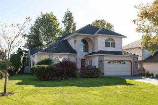 """Photo 1: 6568 CLAYTONWOOD Place in Surrey: Cloverdale BC House for sale in """"Clayton Hill"""" (Cloverdale)  : MLS®# R2327145"""