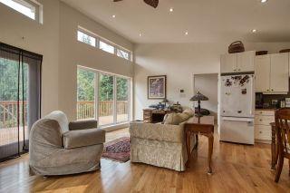 Photo 5: 1920 HANBURY Road: Roberts Creek House for sale (Sunshine Coast)  : MLS®# R2517180