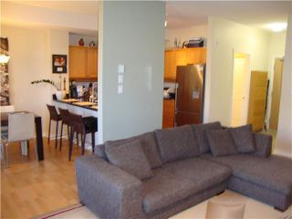 "Photo 3: # 109 38 7TH AV in New Westminster: GlenBrooke North Condo for sale in ""ROYCROFT"" : MLS®# V982137"