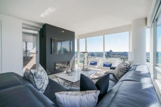 """Photo 30: 3807 1033 MARINASIDE Crescent in Vancouver: Yaletown Condo for sale in """"Quaywest"""" (Vancouver West)  : MLS®# R2585346"""