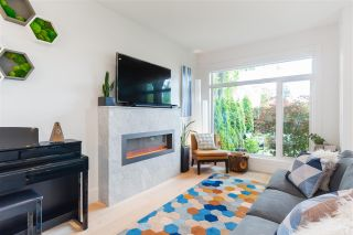 Photo 8: 210 E 18TH STREET in North Vancouver: Central Lonsdale 1/2 Duplex for sale : MLS®# R2372911