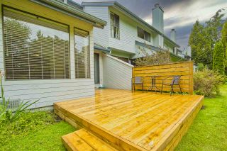 """Photo 28: 15879 ALDER Place in Surrey: King George Corridor Townhouse for sale in """"ALDERWOOD"""" (South Surrey White Rock)  : MLS®# R2471622"""