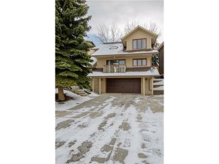 Photo 1: 5939 COACH HILL Road SW in Calgary: Coach Hill House for sale : MLS®# C4102236