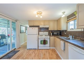 """Photo 11: 14 20071 24 Avenue in Langley: Brookswood Langley Manufactured Home for sale in """"Fernridge Park"""" : MLS®# R2562399"""