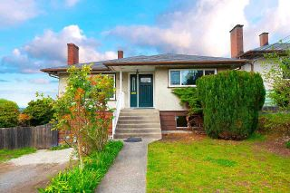 Photo 1: 7815 DOW Avenue in Burnaby: South Slope House for sale (Burnaby South)  : MLS®# R2573483