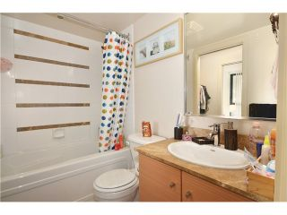 """Photo 10: 2305 928 HOMER Street in Vancouver: Yaletown Condo for sale in """"YALETOWN PARK 1"""" (Vancouver West)  : MLS®# V1023790"""