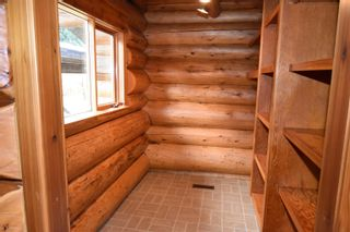 Photo 14: 3560 HOBENSHIELD Road: Kitwanga House for sale (Smithers And Area (Zone 54))  : MLS®# R2620973