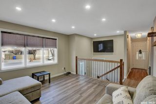 Photo 5: 6 DUNSMORE Drive in Regina: Walsh Acres Residential for sale : MLS®# SK849206