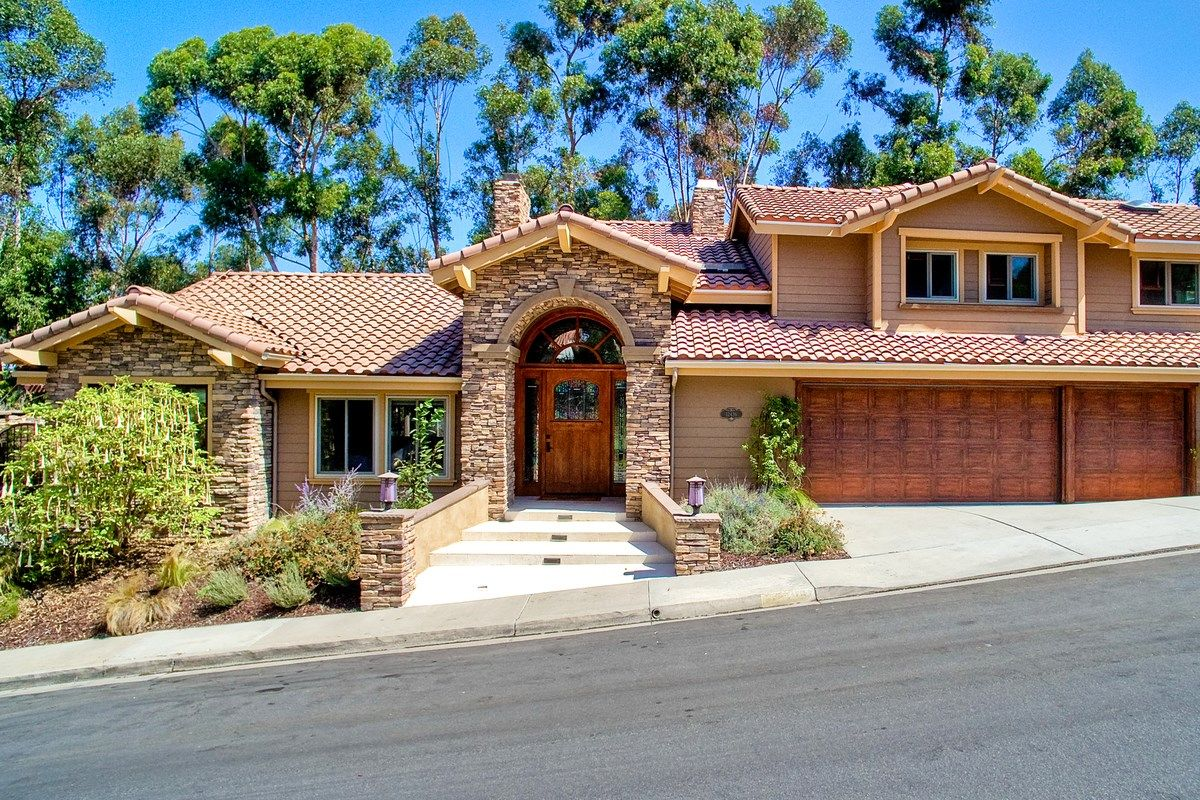 Main Photo: SCRIPPS RANCH House for sale : 4 bedrooms : 12436 Rue Fountainbleau in San Diego