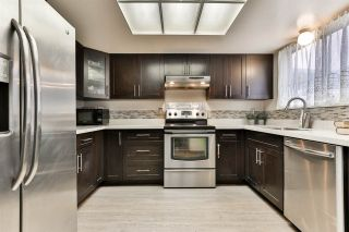 """Photo 7: 7275 CAMANO Street in Vancouver: Champlain Heights Townhouse for sale in """"Solar West"""" (Vancouver East)  : MLS®# R2499706"""