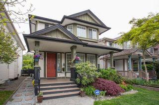 Photo 2: 8663 206B Street in Langley: Walnut Grove House for sale : MLS®# R2574937