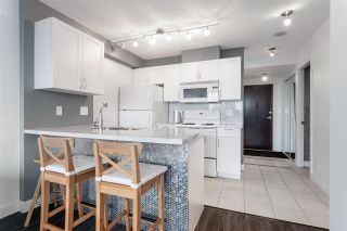 "Photo 4: 2220 938 SMITHE Street in Vancouver: Downtown VW Condo for sale in ""ELECTRIC AVENUE"" (Vancouver West)  : MLS®# R2542428"