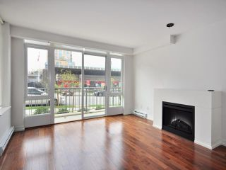 "Photo 3: 2412 W PINE Street in Vancouver: Fairview VW Townhouse for sale in ""MUSEE"" (Vancouver West)  : MLS®# V900518"