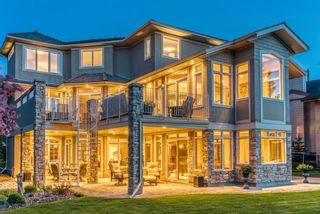 Photo 3: 68 Sunset Close SE in Calgary: Sundance Detached for sale : MLS®# A1113601