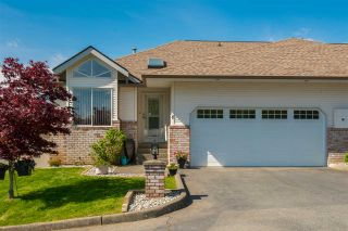 """Photo 1: 6 35035 MORGAN Way in Abbotsford: Abbotsford East Townhouse for sale in """"Ledgeview Terrace"""" : MLS®# R2364702"""