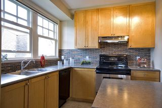 Photo 6: 1805 NAPIER Street in Vancouver East: Home for sale : MLS®# V767152