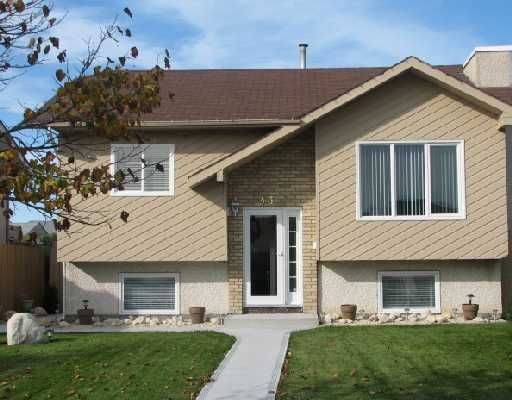 Main Photo: 43 QUILL Bay in WINNIPEG: Maples / Tyndall Park Residential for sale (North West Winnipeg)  : MLS®# 2818566