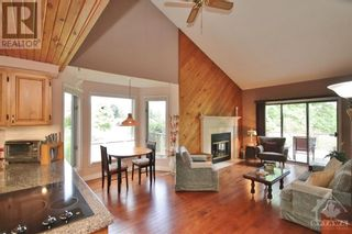 Photo 3: 1214 UPTON ROAD in Ottawa: House for sale : MLS®# 1247722