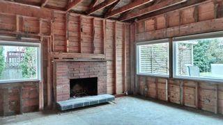 Photo 3: 3017 MCBRIDE AVENUE in Surrey: Crescent Bch Ocean Pk. House for sale (South Surrey White Rock)  : MLS®# R2562855