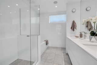 """Photo 36: 1879 W 2ND Avenue in Vancouver: Kitsilano Townhouse for sale in """"BLANC"""" (Vancouver West)  : MLS®# R2592670"""