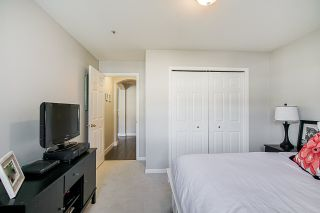 Photo 11: 208 20125 55A Avenue in Langley: Langley City Condo for sale : MLS®# R2350488