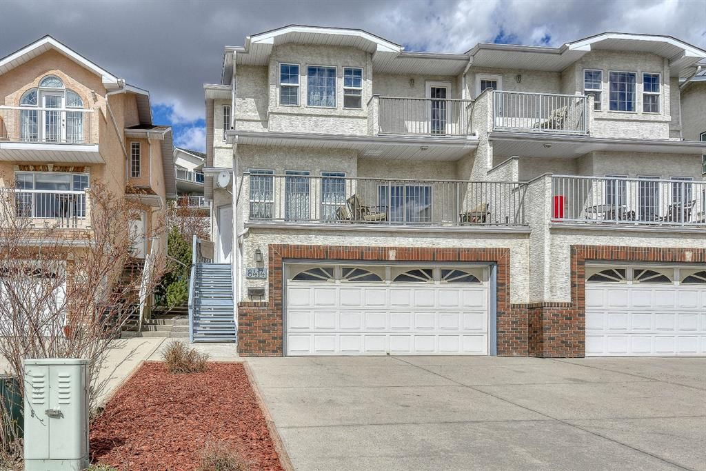 Main Photo: 8414 Silver Springs Road NW in Calgary: Silver Springs Semi Detached for sale : MLS®# A1103849