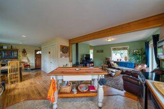 "Photo 9: 8960 REDROOFFS Road in Halfmoon Bay: Halfmn Bay Secret Cv Redroofs House for sale in ""HALFMOON BAY"" (Sunshine Coast)  : MLS®# R2553749"
