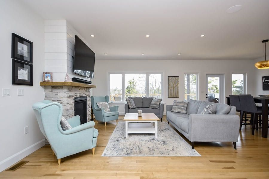 Photo 3: Photos: 116 Lakeridge Drive in Dartmouth: 16-Colby Area Residential for sale (Halifax-Dartmouth)  : MLS®# 202109263