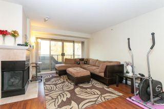 """Photo 3: 505 215 TWELFTH Street in New Westminster: Uptown NW Condo for sale in """"Discovery Reach"""" : MLS®# R2415800"""