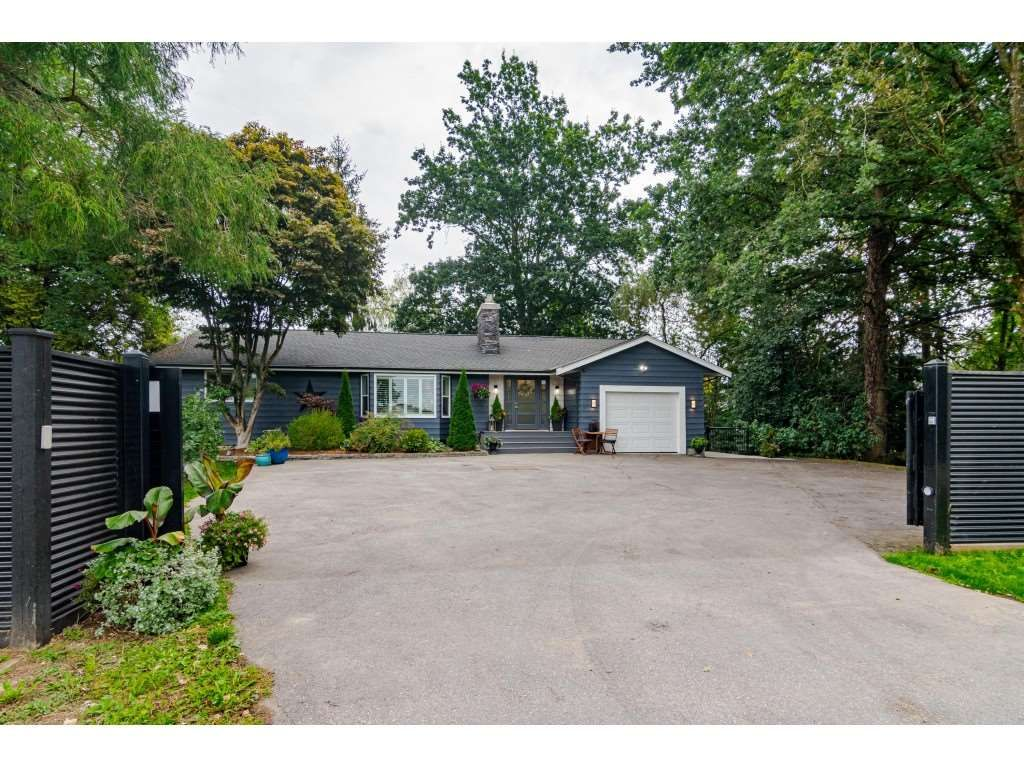 Photo 2: Photos: 1566 184 Street in Surrey: Hazelmere House for sale (South Surrey White Rock)  : MLS®# R2499303