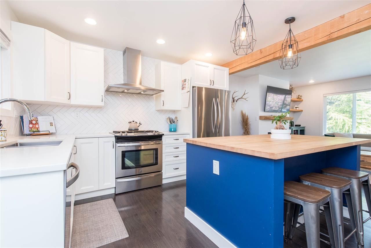 Photo 13: Photos: 34539 KENT Avenue in Abbotsford: Abbotsford East House for sale : MLS®# R2569540