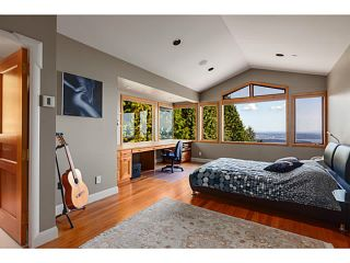 Photo 13: 1626 Pinecrest dr in west vancouver: Canterbury WV House for sale (West Vancouver)  : MLS®# v1076345