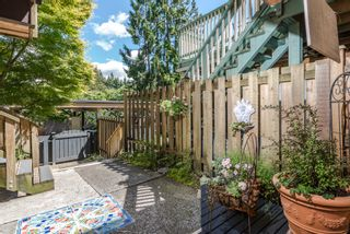 Photo 18: 1196 DEEP COVE Road in North Vancouver: Deep Cove Townhouse for sale : MLS®# R2279421